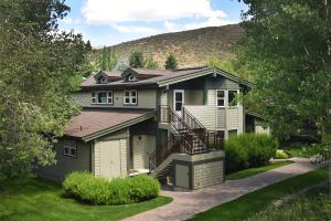 3660 Upper Ranch Condo Dr, Sun Valley, ID 83353