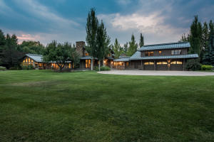 24 Lane Ranch Rd W, Sun Valley, ID 83353