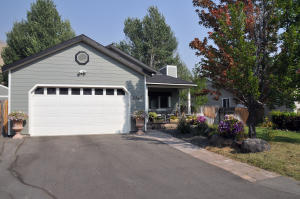 3360 Flowing Wells Dr, Hailey, ID 83333