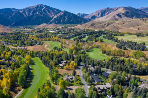 404 Fairway Loop, Sun Valley, ID 83353