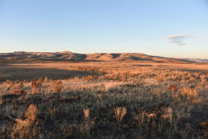 Sweeping vistas, near Silvercreek and Caters of the moon, adjacent to BLM. 120 Acres