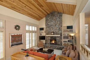 578 Wildflower Condo Dr, Sun Valley, ID 83353