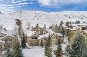 Located on the golf course with amazing mountain views.