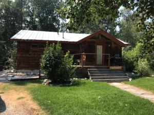 301 Easy St, Hailey, ID 83333