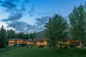 Spectacular setting in the Bigwood Subdivision