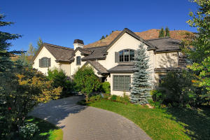 23 W Lane Ranch Rd, Sun Valley, ID 83353