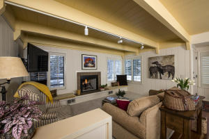 1331 New Villager Dr, Sun Valley, ID 83353