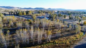 91 Stanton Crossing Rd, Bellevue, ID 83313