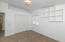 860 Buckhorn - Spacious rooms, new carpet and paint.