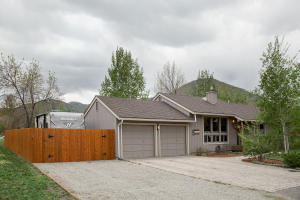 731 Deerfield Dr, Hailey, ID 83333