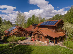 700 Fairway Rd, Sun Valley, ID 83353