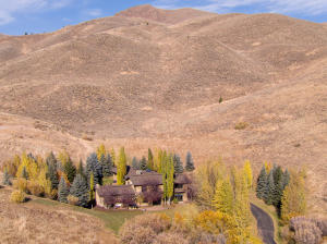 208 Sagewillow Rd, Sun Valley, ID 83353