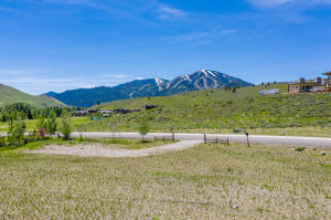 200 Sun Peak (lot 28) Dr, Sun Valley, ID 83353