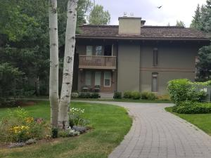 733/34 Sun Valley Condo Dr, Sun Valley, ID 83353