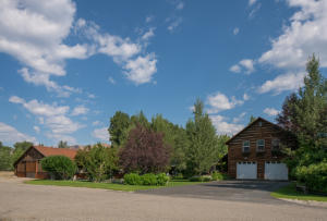 Just north of Hailey, 2 Horse Paddocks, Barn, Guest Cabin
