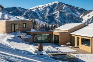 105 Wedeln Lane, Sun Valley, ID 83353