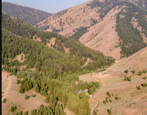 101 Clear Creek Canyon Rd, Ketchum, ID 83340