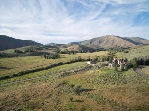 202 Nez Perce Cir, Hailey, ID 83333