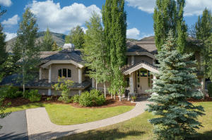 Exquisite home in one of Sun Valley's most exclusive subdivisions.