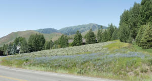 305 Morning Star Rd, Sun Valley, ID 83353