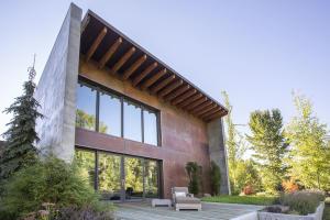 Unique Architectural Design, SIPs for energy efficiency