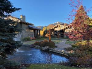 867 Lodge Apartments Dr, 867/868, Sun Valley, ID 83353