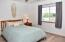 Pretty rooms with natural light in the generously sized bedrooms!
