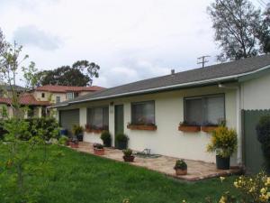 2424 MODOC RD, SANTA BARBARA, CA 93105