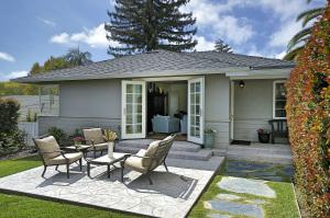 2719 Clinton Terrace, SANTA BARBARA, CA 93105