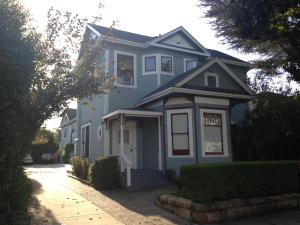 917 Bath St, SANTA BARBARA, CA 93101