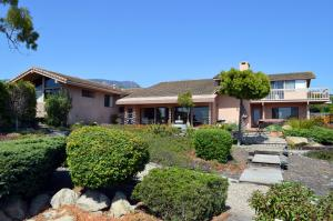 347 Ridgecrest Dr, SANTA BARBARA, CA 93108