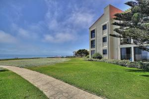 5 Seaview Dr, SANTA BARBARA, CA 93108