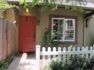 345 Kellogg Way, 6, GOLETA, CA 93117