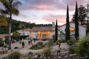 4108 Hidden Oaks Rd, SANTA BARBARA, CA 93105