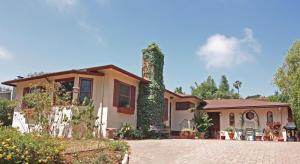 2715 Vernon Road, SANTA BARBARA, CA 93105