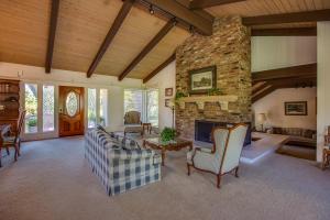 630 Rancho Alisal Dr, SOLVANG, CA 93463