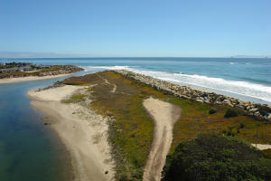 501 Sand Point Rd, CARPINTERIA, CA 93013