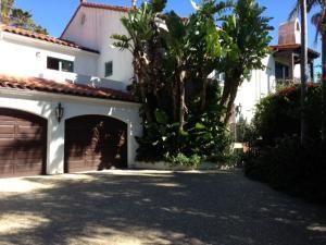 396 Las Alturas Rd, SANTA BARBARA, CA 93103