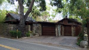 1251 East Valley Rd, MONTECITO, CA 93108