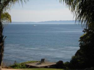 1413 Shoreline Dr, SANTA BARBARA, CA 93109