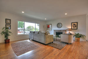 2705 Clinton Terrace, SANTA BARBARA, CA 93105