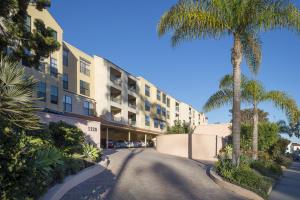 1220 Coast Village Rd, 212, SANTA BARBARA, CA 93108