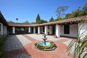 1469 La Vereda Ln, SANTA BARBARA, CA 93108