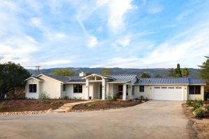 1030 Cambridge Dr, SANTA BARBARA, CA 93111
