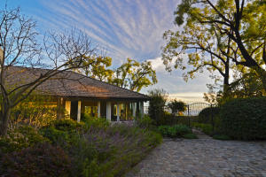 646 Sea Ranch Dr, SANTA BARBARA, CA 93109