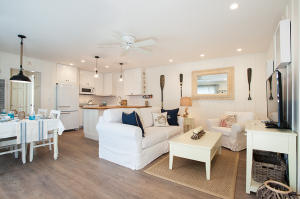 4880 Sandyland Rd, 61, CARPINTERIA, CA 93013