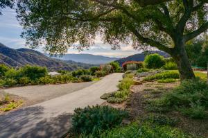 455 Camino Cielo, OJAI, CA 93023