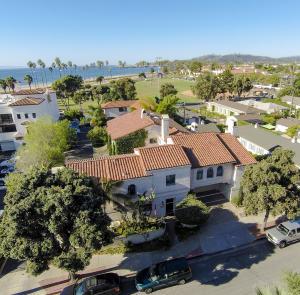 422 Orilla Del Mar, SANTA BARBARA, CA 93103