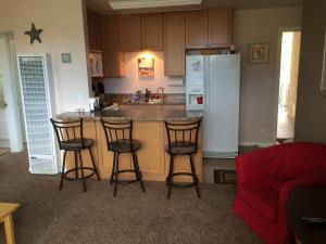 4880 Sandyland Rd, 16, CARPINTERIA, CA 93013