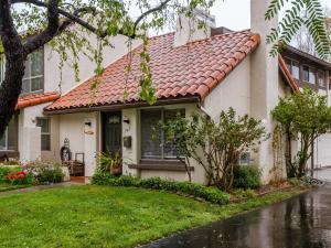 741 Calle De Los Amigos, SANTA BARBARA, CA 93105